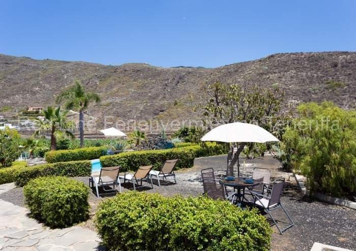 Teneriffa Villa auf Finca mit Pool, großem Garten und Terrasse 019