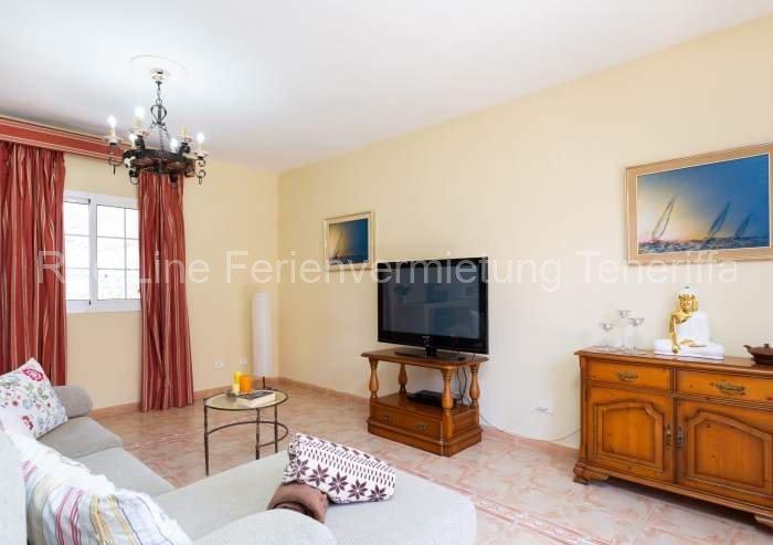 Teneriffa Villa auf Finca mit Pool, großem Garten und Terrasse 02