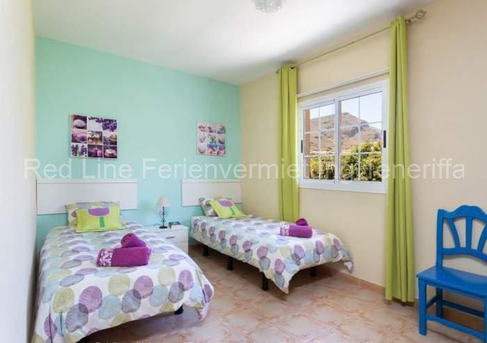 Teneriffa Villa auf Finca mit Pool, großem Garten und Terrasse 07