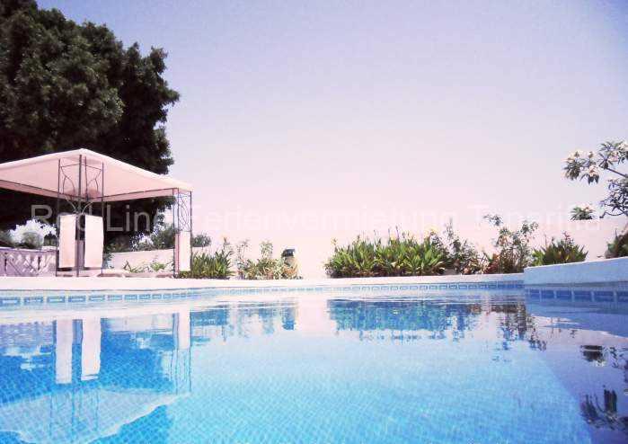 Teneriffa Ferienhaus mit Terrasse, Privatpool und Parkplatz 010
