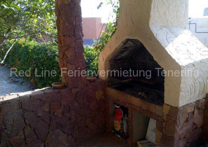 Ferienhaus auf Gartengrundstück mit Pool 012