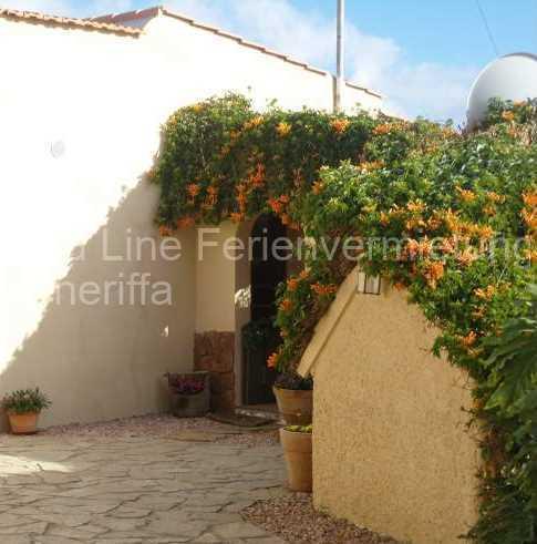 Ferienhaus auf Gartengrundstück mit Pool 022