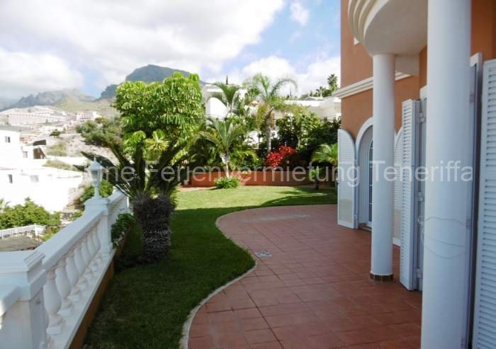 Ferien-Villa mit beheizbarem Privatpool in Playa las Americas 027