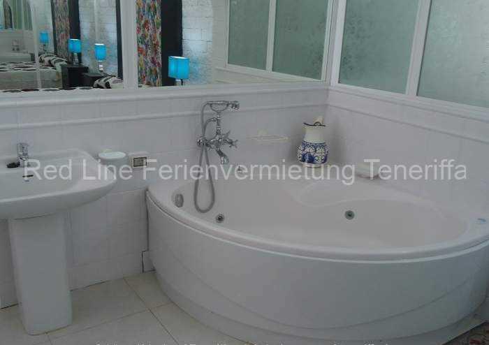 Moderne Luxus-Ferienvilla_018
