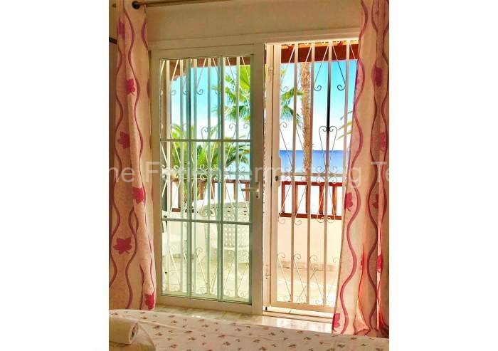 Ferienhaus direkt an der Playa del Duque mit Pool - 006