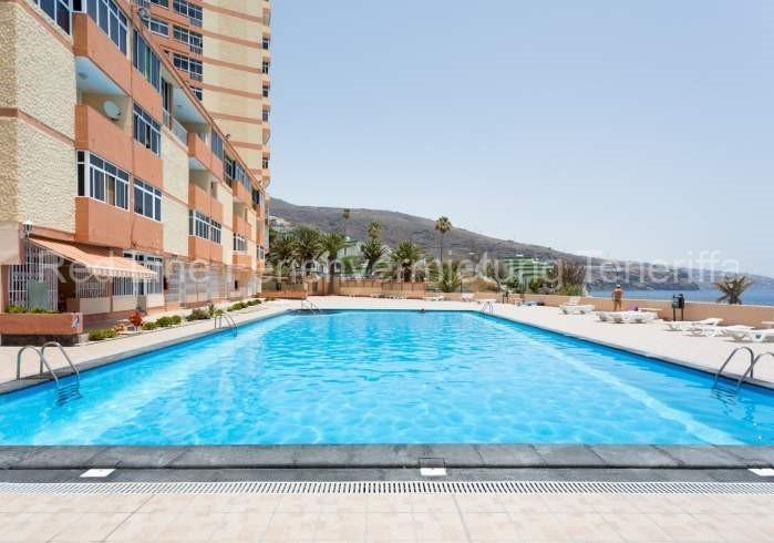 Moderne Ferienwohnung mit Pool direkt am Strand in Candelaria - 023