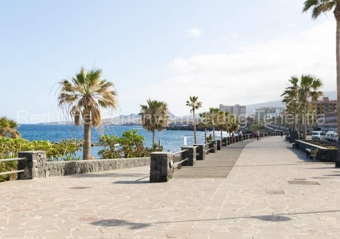 Moderne Ferienwohnung mit Pool direkt am Strand in Candelaria - 036