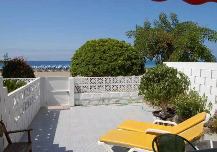 ID 4093 Herrliches Strandhaus an der Playa las Vistas in Los Cristianos