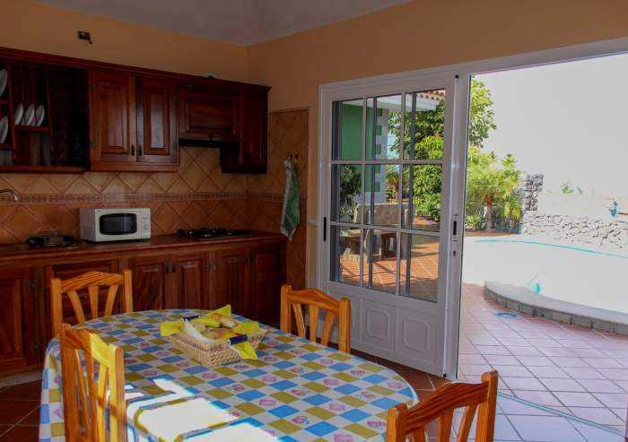 Teneriffa. Ferien-Landhaus mit Privatpool, Garten und Terrasse