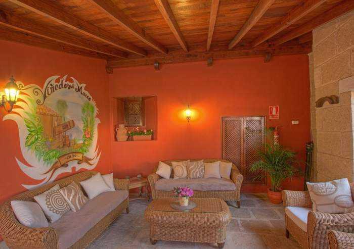 Los Viñedos de Marco-Herrenhaus auf Finca mit Pool und Garten