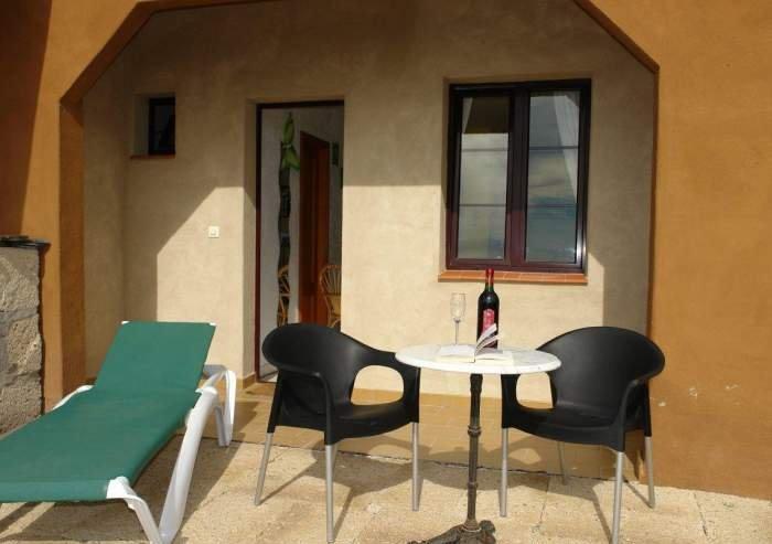 Studio für Alleinreisende auf Finca mit Pool und Terrasse im Südwesten