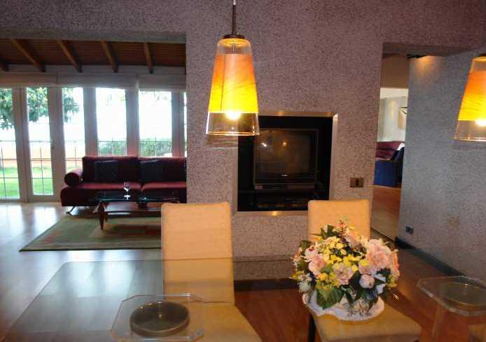 Große, exklusive Luxusvilla mit großem Grundstück und Pool bei Adeje