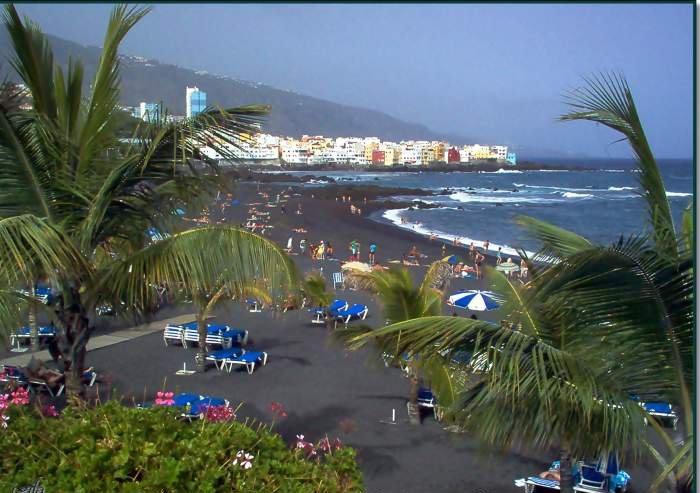 Teneriffa (Überwintern). Strandnahes Studio mit Balkon und Meerblick an der Playa Jardin.
