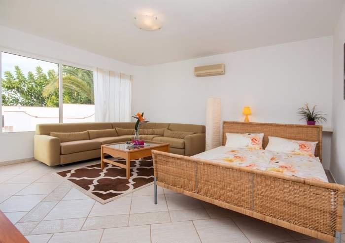 Teneriffa Ferienhaus in erster Meerreihe von Santa Ursula mit Privatpool und Meerblick