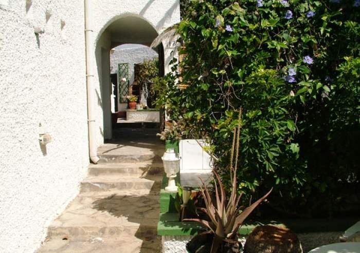 Teneriffa - Preiswerte Ferienwohnung in Privathaus mit Terrasse und Grill in Poris de Abona.