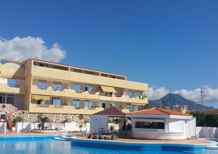 Überwintern auf Teneriffa. Gemütliche 4 Personen Ferienwohnung mit Balkon in Playa Paraiso