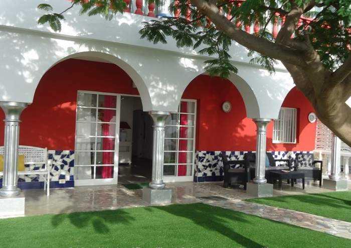 Moderne Villa bei Adeje mit Garten und Pool