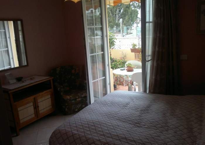 Teneriffa - Preiswerte Ferienwohnung mit Dachterrasse und Meerblick