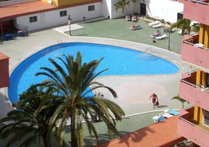 Teneriffa Strandnahes Apartment mit Pool und Südbalkon in Los Cristianos