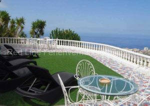 Teneriffa Luxuriöse Ferienwohnung im Obergeschoss einer Villa bei Adeje