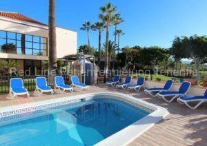 Teneriffa - Luxuriöse Villa mit 10 SZ, beheiztem Pool und riesigem Garten in Chayofa
