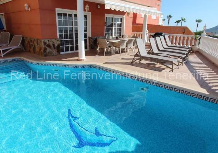 Teneriffa - Luxus-Ferien-Villa mit beheizbaren Privatpool, Jacuzzi, Grill, Meerblick und Wlan