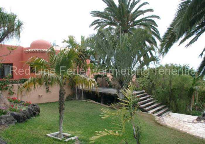 265 Exklusive Luxusfinca mit großem Poolbereich in Playa San Juan