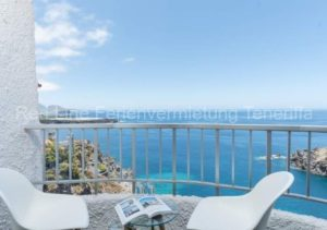 Apartment direkt an der Playa San Marcos mit Poolbereich und Terrasse