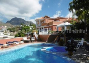 Teneriffa - Luxus-Ferienhaus / Villa mit beheizbarem Privatpool in Playa las Americas