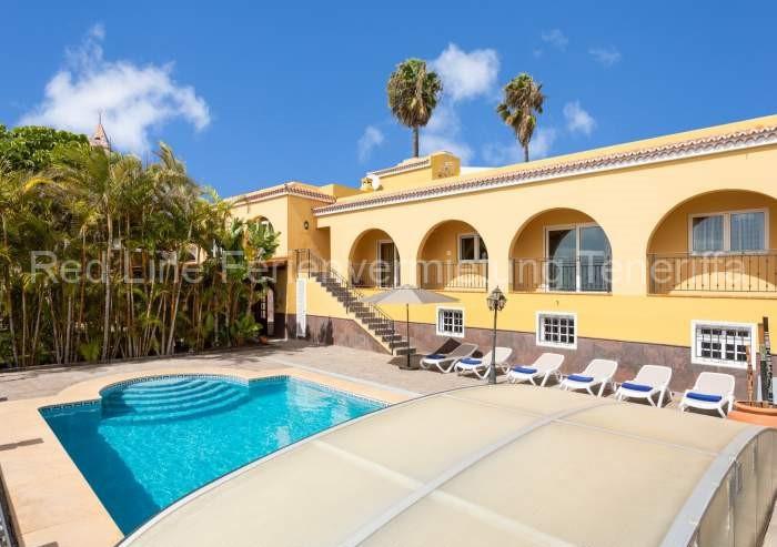 Teneriffa Luxus-Ferienhaus. Luxusvilla mit Pool für bis zu 12 Personen in San Miguel de Abona.