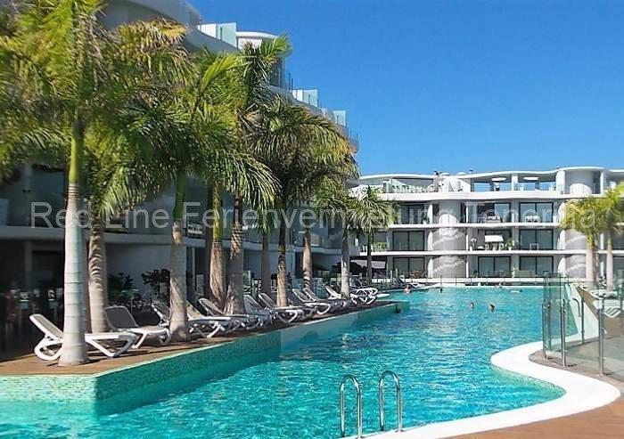 Teneriffa. Moderne und komfortable Luxus-Ferienwohnung mit Pool in Palm Mar.