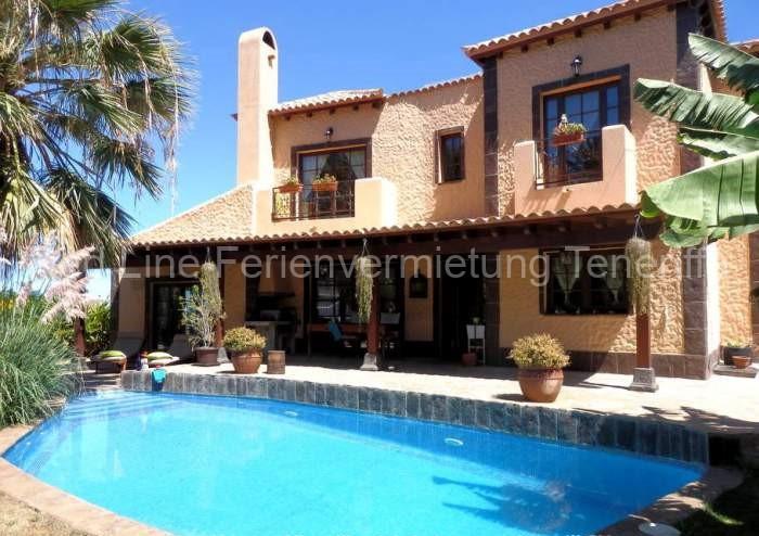Teneriffa Luxus-Ferienhaus. Luxus-Ferienvilla mit 3 Schlafzimmern, 3 Bädern und privatem Pool.