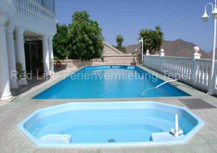 Luxus pur – ruhige Penthousewohnung mit Pool und Terrasse im Süden / Chayofa.
