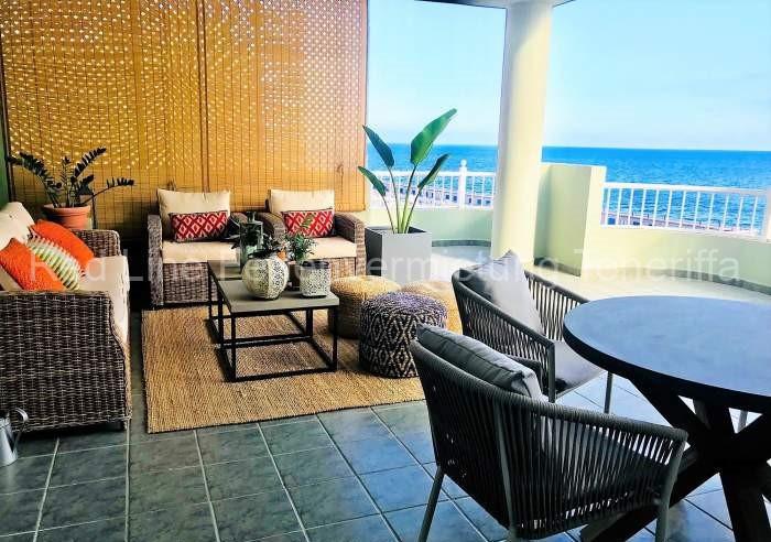 Teneriffa. Luxus-Ferienwohnung mit traumhafter Terrasse und Pool in Strandnähe in Radazul