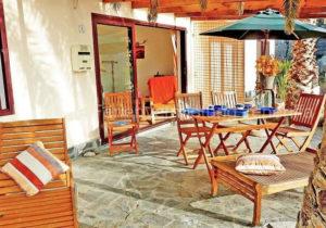 Preiswerte private Ferienwohnung / strandnahes Apartment mit Terrasse, Grill und Traumblick in San Marcos; Teneriffa.