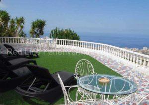 Luxus-Ferienwohnung im Obergeschoss einer Villa bei Adeje; Teneriffa.