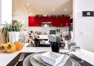 Luxus-Ferienwohnung Teneriffa. Schöne und moderne Luxus-Ferienwohnung mit Jacuzzi