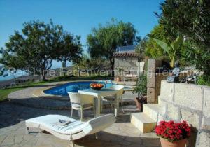 Luxus Finca in ruhiger Lage mit Pool und Aussichtsterrasse